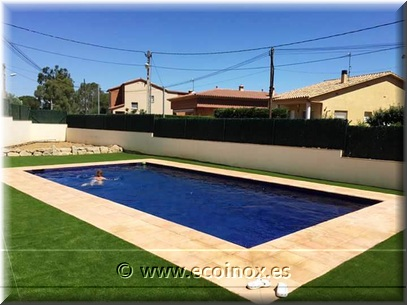 JARDIN CON CESPED ARTIFICIAL LEVANTE Y PISCINA